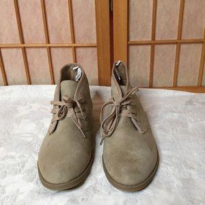 Old Navy Desert Boots